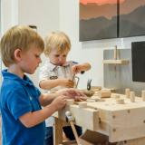 Aktuelle Wochenprogramme für Erwachsene und Kinder